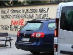НА ЗИДУ ВЛАДИЧАНСКОГ ДВОРА: Графит о Павелићу и Степинцу у Новом Саду