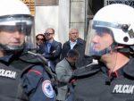 ПОДГОРИЦА: Инциденти у холу скупштине Црне Горе