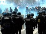 ШТА ЋЕ РЕЋИ СТЕЈТ ДЕПАРТМЕНТ: Трећа ноћ хаоса у Паризу