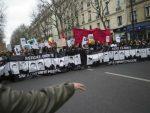 ПАРИЗ: Сукоб полиције и демонстраната