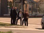 САРАЈЕВО: Са оптуженичке клупе, Орић у судници прешао у публику