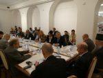 ВЛАДИМИР КРШЉАНИН: СРБИЈА У ПОСТЗАПАДНОМ СВЕТУ – У ЦЕНТРУ ИЛИ НА ПЕРИФЕРИЈИ?