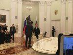 МОСКВА: Два Путинова питања за Вучића