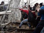 МАКЕДОНИЈА: Ако ЕУ подржи Заева, Скопље пушта мигрантски цунами