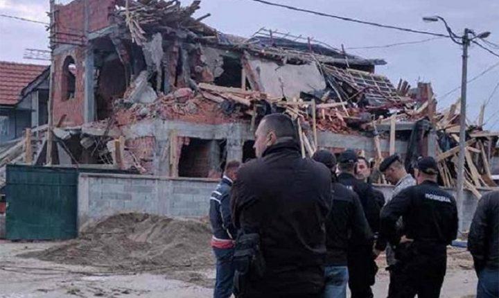 БЕОГРАД: Ноћас срушена нелегална џамија у Земун Пољу