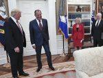 ТЕОРИЈЕ ЗАВЕРЕ АМЕРИЧКИХ МЕДИЈА: Руси потурили бубицу у Трампов кабинет
