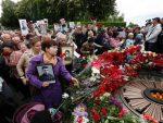 """УКРАЈИНА: Нападнути учесници """"Бесмртног пука"""" у Кијеву и Харкову"""
