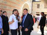 ВИДОВДАНСКЕ СВЕЧАНОСТИ: Предсједник РС Милорад Додик свечано дочекан у Андрићграду