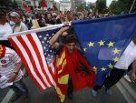 СТРАХ ОД УТИЦАЈА РУСИЈЕ: Американци решавају спор око имена Македоније?