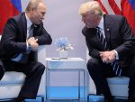 CNN: Трамп је кукавица пред Путином