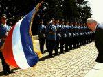 АНКЕТА НСПМ: Да ли треба подигнути споменик Слободану Милошевићу у Београду?