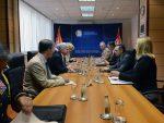 ВУЛИН РАЗГОВАРАО СА АМБАСАДОРОМ СКОТОМ: Србија се неће придружити ни једном војном савезу