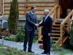 ЏОНСОН САВЕТУЈЕ СРБИЈУ: Центру у Нишу не треба дати имунитет