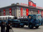 """СПРЕМНИ ДА СЕ БОРЕ: Милиони добровољаца у Сјеверној Кореји спремни """"на освету САД-у"""""""