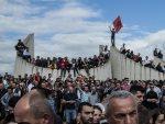 ЗАЕВ ИСПУЊАВА БЕСУ АЛБАНЦИМА: Хоће ли Македонија опстати