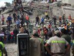 МЕКСИКО: Зграде срушене, више од 100 мртвих у разорном земљотресу