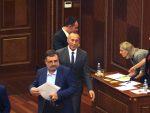 ТРОЈИЦА СРБА ХАРАДИНАЈЕВИ МИНИСТРИ: Харадинај изабран за премијера