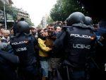 КРИЗА У ШПАНИЈИ: Референдум у Каталонији – десетине повређених, гумени меци у Барселони
