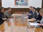 ВУЧИЋ СА ШЕФОМ ВОЈНЕ КАНЦЕЛАРИЈЕ НАТО: Србија неће у војне савезе