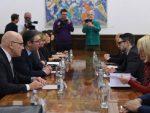 ВУЧИЋ: Сорошова фондација спремна да помогне Србију