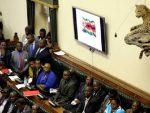ПОСЛЕ 37 ГОДИНА ВЛАДАВИНЕ: Мугабе поднео оставку
