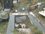 САРАЈЕВО: Учестала рушења православних гробаља у ФБиХ настављена и овог викенда