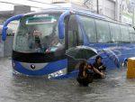 ФИЛИПИНИ: Скоро 90 особа погинуло у поплавама и клизиштима