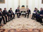 ПУТИН ПОТВРДИО: Русија спремна да се укључи у дијалог Београда и Приштине