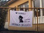 ШИРОКИ БРИЈЕГ: Транспарент са Павелићевим ликом на огради вртића