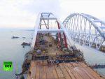 КРИМ ЈЕ РУСИЈА: Кримски мост спојио две обале