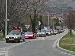ТРЕБИЊЕ: Готово 1.000 возила у слављеничкој колони