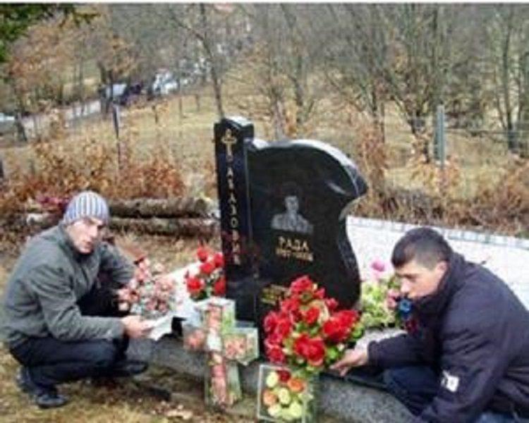 ДВАНАЕСТ ГОДИНА ОД ЗЛОЧИНА НАД ПОРОДИЦОМ АБАЗОВИЋ: Мајка Рада убијена на правди Бога, син и муж тешко рањени