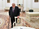 КИСИНЏЕР: Грешка је укључивати Украјину у НАТО, али не сме се ни предати Москви