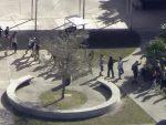 ПУЦЊАВА У АМЕРИЦИ: 17 мртвих у нападу у школи, десетине рањено