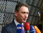 НИЈЕ ПУТИНА НИ ВИДЕО: Шеф холандске дипломатије поднио оставку због лажи о Путину