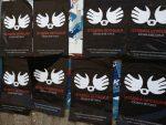 """КОСМЕТ: Плакати са натписима """"10 година окупације КиМ"""""""
