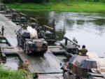 НОВИ ТРОШАК ЗА БРИСЕЛ: ЕУ улаже милијарде у путеве да би се лакше кретали НАТО тенкови