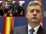 НАПЕТО У СКОПЉУ: Иванов одбија да потпише договор, Заев најавио референдум