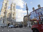 ТРАМП ОПТУЖУЈЕ СВЕ РЕДОМ: Терезу Меј, градоначелника Лондона, лидере ЕУ…