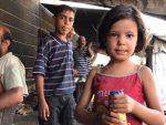 """СВЕ СПРЕМНО ЗА """"ХЕМИЈСКИ НАПАД"""" У СИРИЈИ: Лик девојчице """"ударна песница"""" за напад"""