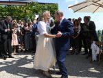 ДОВЕО И КОЗАКЕ: Путин на свадби министарке Кнајсел у Аустрији