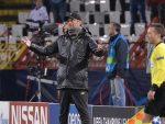 БЕОГРАД: Тренер Ливерпула носио симбол у знак сећања на погинуле српске војнике у Великом рату!