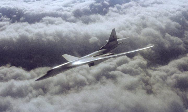 ЛИЦЕМЕРИ: Чим полете руски бомбардери, Америка се забрине за стандард руских грађана