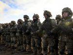 НАРЕЂЕЊЕ ПОРОШЕНКА: Украјина премешта војску на границу са Русијом