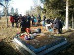 РАДУ СУ УБИЛИ, СИНА И МУЖА ТЕШКО РАНИЛИ: Годишњица злочина над Абазовићима