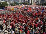 ВЕНЕЦУЕЛА УЗ ПРЕДСЕДНИКА: Хиљаде људи кличу Мадуру
