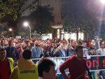 Протест у Подгорици: Празни фрижидери и празни џепови — то је наша политика!