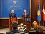 ДАРМАНОВИЋ: Црна Гора у свему подржава Косово