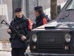 ШОК НА СЕВЕРУ КОСОВА: Албански војници са кфоровцима