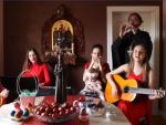 ХРИСТОС ВОСКРЕСЕ, РАДОСТ ДОНЕСЕ: Свештеник из Лепосавића са својим ћеркама пјева Васкрслом Господу (ВИДЕО)